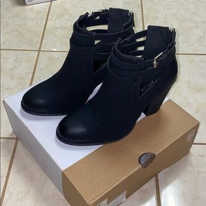 CALL IT SPRING MAGLIARO BOOTIES